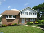 2408 Lindale Dr Reading PA, 19609
