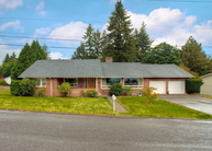 1028 Bayview Ave Shelton WA, 98584