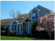 24 Dolly Dr Bristol RI, 02809