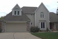 1004 Se Bordner Drive Lees Summit MO, 64081