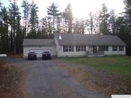 37 Meadow Ln Hannacroix NY, 12087