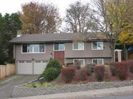 658 Edgemont Way Springfield OR, 97477