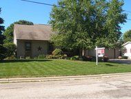 648 Harvey St Ripon WI, 54971