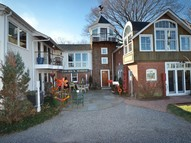 6 Ferry Street Essex CT, 06426