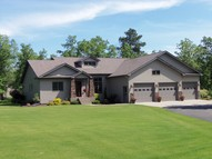 3049 Golf View Dr Ne Bemidji MN, 56601