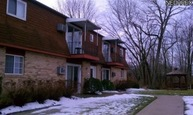 835 Constitution Ave #8 Louisville OH, 44641