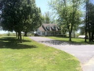 1931 Grancer Rd Morgantown KY, 42261