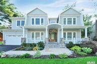 26 Rockhill Rd Roslyn Heights NY, 11577
