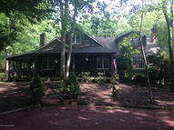 52 Bear Creek Lake Dr Jim Thorpe PA, 18229