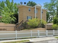 157-06 18 Th Ave Whitestone NY, 11357