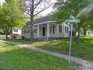 102 N Rodgers Bluffs IL, 62621