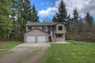 1271 Woods Rd Se Port Orchard WA, 98366