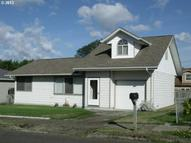 1635 Garfield St North Bend OR, 97459