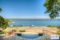 576 Oak Shores Dr Canyon Lake TX, 78133
