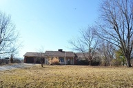 223 Hill Crest Rd W Holts Summit MO, 65043