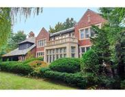 6 Woodchester Dr Chestnut Hill MA, 02467