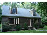 32 Suzanne Ct West Greenwich RI, 02817