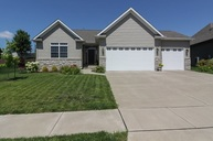 4406 W Kingston Circle Bettendorf IA, 52722