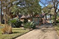 530 Enchanted Hollow Dr Spring TX, 77388