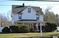 324 Woodlawn Ave Saint James NY, 11780
