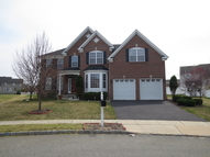 8 Ash Ct Clinton NJ, 08809