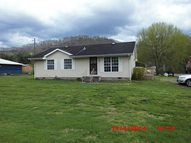 120 Grace Avenue Auxier KY, 41602