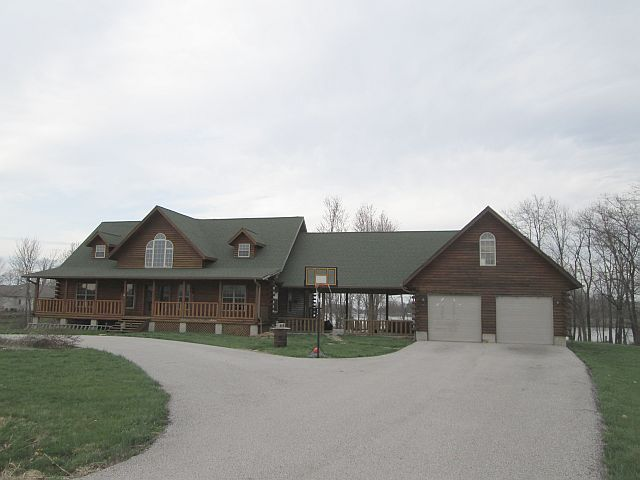 4998 N Whitewater Olney IL, 62450