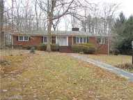 709 Greenbriar Liberty NC, 27298