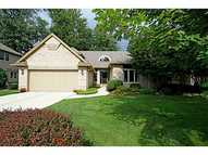 221 Stone Oak Ct Holland OH, 43528