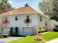 17 Hansen Ct Narberth PA, 19072