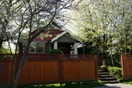 529 21st Ave E Seattle WA, 98112