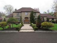 2 Five Acre Dr Edison NJ, 08820