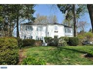 7406 Sharpless Rd Elkins Park PA, 19027
