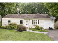 70 Elmwood Dr Livingston NJ, 07039