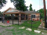 233 Neyland St Houston TX, 77022