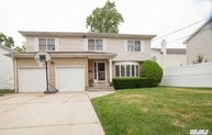2550 7th St East Meadow NY, 11554