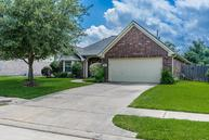 2105 Winding Springs Dr League City TX, 77573