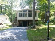 308 Sunset Shore Dr Tafton PA, 18464