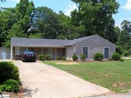 257 River Forest Drive Boiling Springs SC, 29316