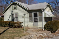 621 Lake Dr Independence MO, 64053
