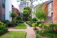 1201 Bering Dr #10 Houston TX, 77057