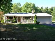 8494 Sharp Ln Chesterland OH, 44026