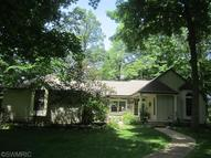 2985 White Oaks Rdg Buchanan MI, 49107