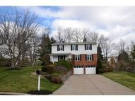 2571 Giant Oaks Drive Upper Saint Clair PA, 15241