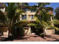 5982 Paradise Point Dr - Palmetto Bay FL, 33157