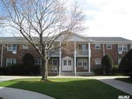 75 Fairharbor Dr Patchogue NY, 11772
