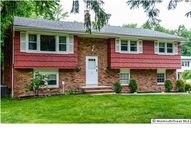 12 Glen Oak Dr Middletown NJ, 07748