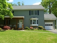 36 Lee Rd Livingston NJ, 07039