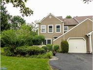 1623 Lakeview Cir Morrisville PA, 19067