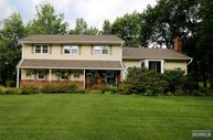 21 Fern St Woodcliff Lake NJ, 07677